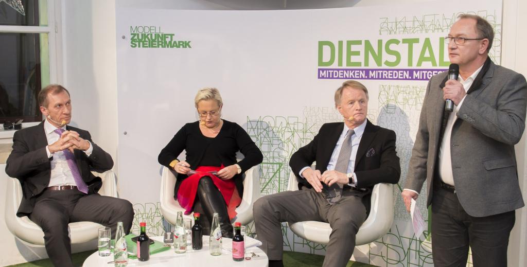 Josef Pesserl, Moderatorin Heidi Glück, Jochen Pildner-Steinburg, VP-Landesgeschäftsführer Detlev Eisel-Eiselsberg © STVP/Fischer
